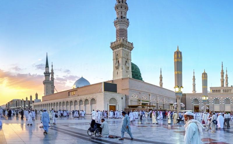 Makkah Mein Hai Dil